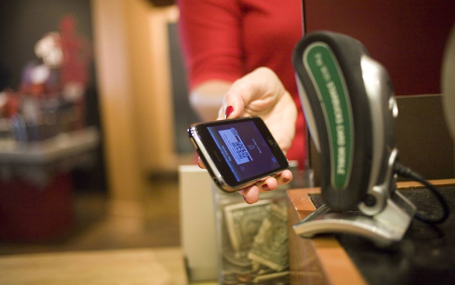 starbucks-Mobile-Payment-cbs